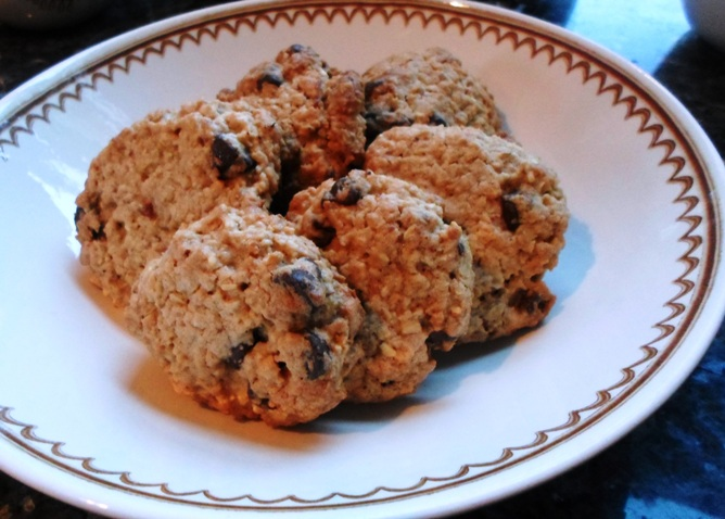 Easy Oatmeal Chocolate-Chip Cookies